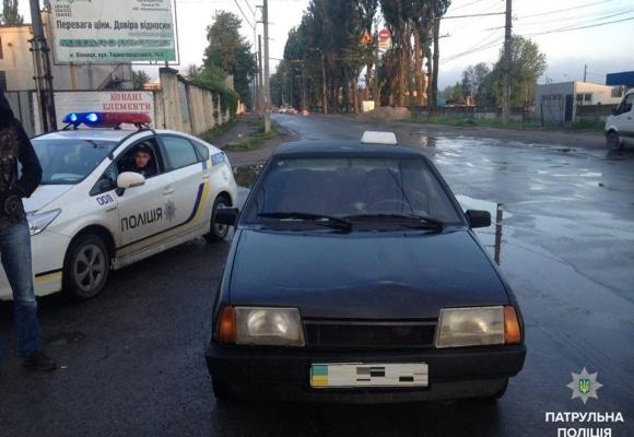 """У Франківську правоохоронці затримали водія, що кермував автомобілем """"під кайфом"""""""